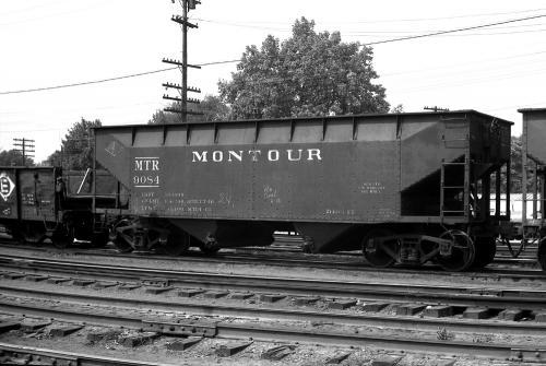 Hopper 9084