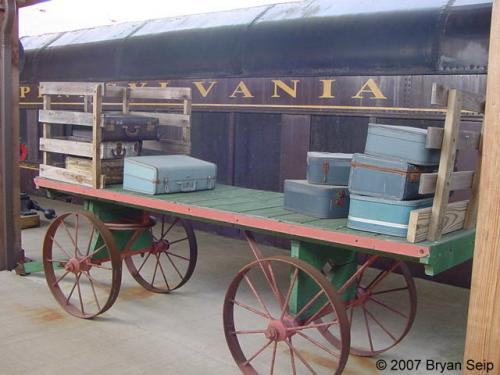 Montour Baggage Cart